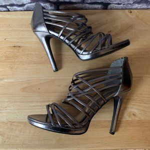 Chinese Laundry Pewter Color Heels Size 7 1/2
